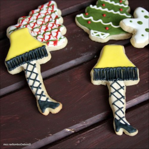 Decorating Leg Lamp Cookies