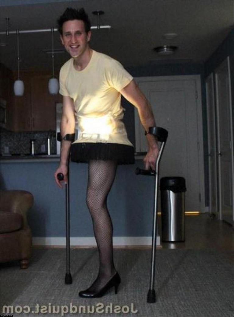 Leg Lamp Costume Guy
