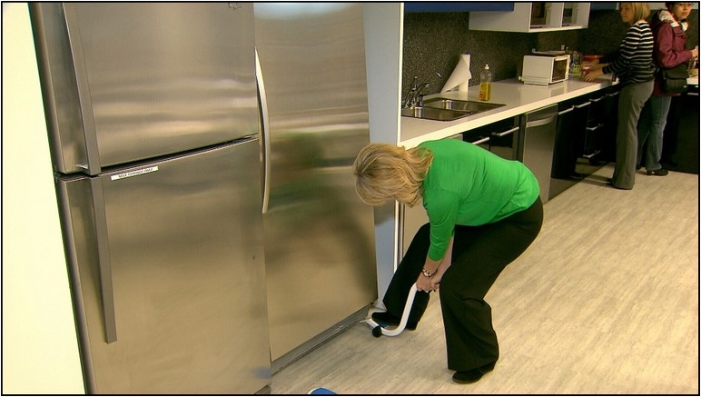 Moving A Refrigerator By Yourself