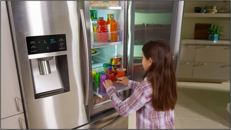 Samsung 4 Door Showcase Refrigerator Counter Depth