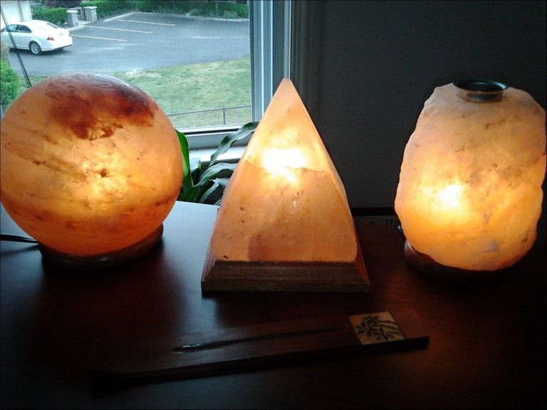 What Is A Himalayan Salt Lamp Wiki
