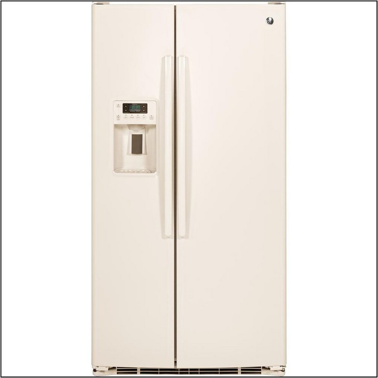 White Side By Side Refrigerator With Ice Maker