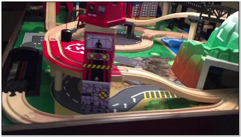 Imaginarium Metro Line Train Table Instructions