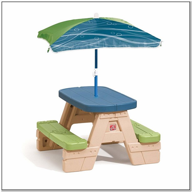 Step 2 Picnic Table Used