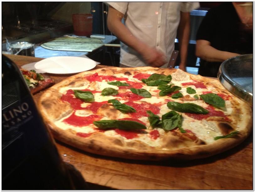 Table 87 Pizza Brooklyn