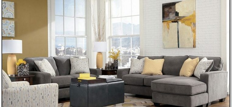 What Colour Wallpaper Goes With Grey Sofa