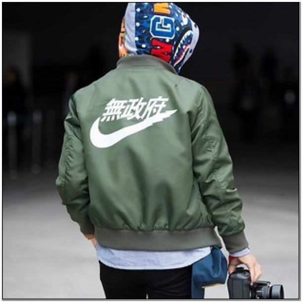 Air Tokyo Bomber Jacket Olive