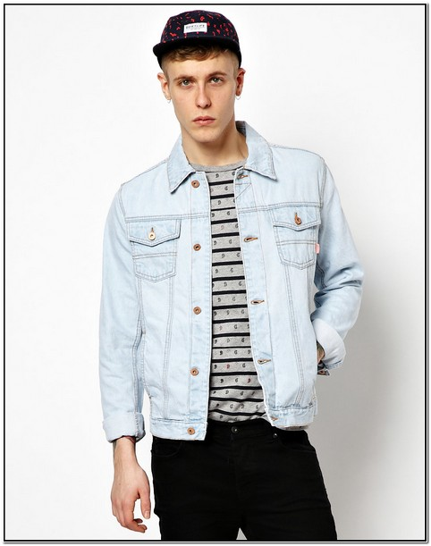 Light Blue Denim Jacket Mens Outfit